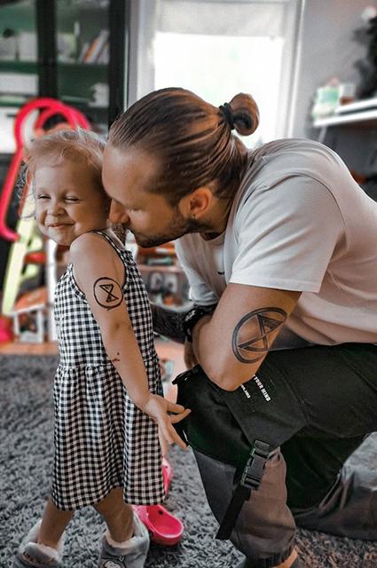 Влад Соколовский с дочерью Мией